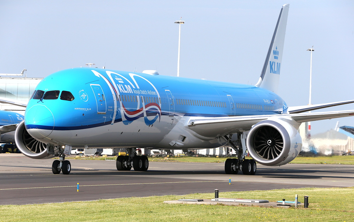 KLM welcomed its first Boeing 787-10 Dreamliner at Schiphol airport in Amsterdam last week. Photo: Paul Ridderhof