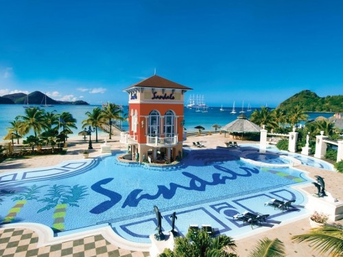 All Sandals & Beaches Resorts to temporarily close