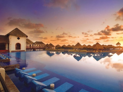 Now Sapphire Riviera Cancun reopens its doors